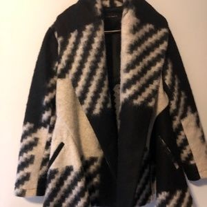 Black and white wool acket